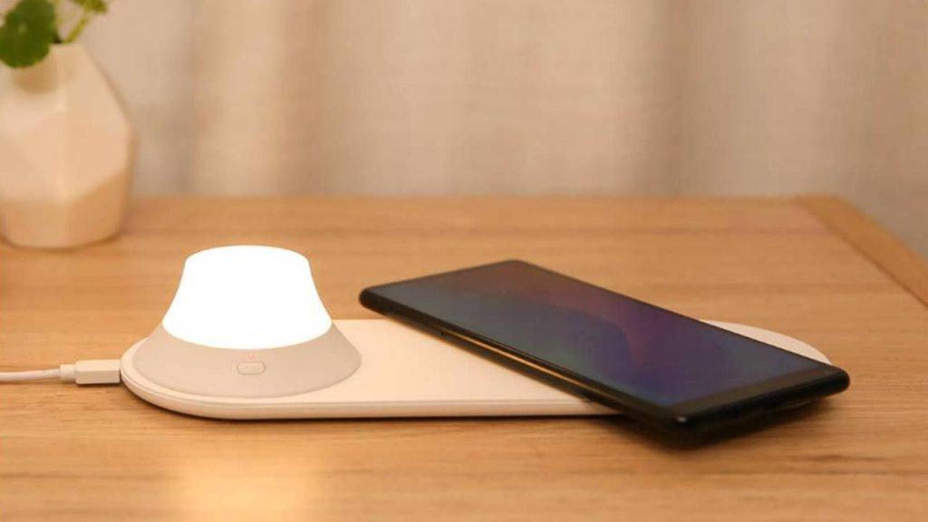 Încărcătorul fără fir Xiaomi Yeelight cu LED-uri de noapte Lumină atractivă magnetică Încărcare rapidă pentru iPhone Samsung Huawei Xiaomi Telefon, cupon, BANGGOOD
