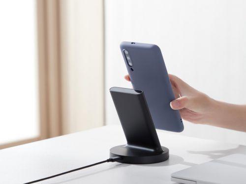 Vertikálna bezdrôtová nabíjačka Xiaomi