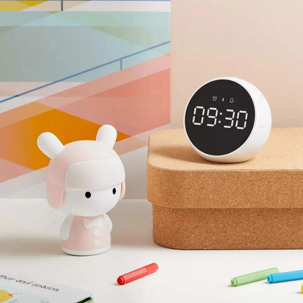 kupon, banggood, ZMI Xiaoai 2400mAh bluethooth 5.0 Voice Control Digital Stereo Music Surround With Mic Portable Indoor Alarm Clock Speaker Mula sa Xiaomi System Para sa Smart Home