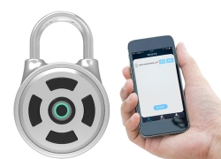 €8 with coupon for APP Intelligent Password Lock Android iOS APP Unlock Anti-Theft Security Combination Padlock Indoor from BANGGOOD