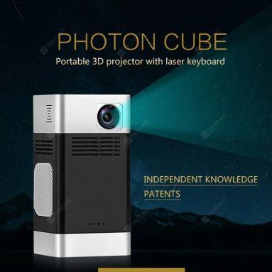 419 € s kupónem pro Bilikay FHPC-01 Přenosný chytrý projektor Photon Cubic 1280P HD Mini Domácí multimediální videopřehrávač Android 5.1 s infračervenou laserovou klávesnicí - černý od GEARBEST
