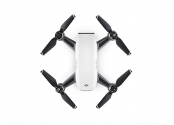 € 469 avec coupon pour DJI Spark FPN 2KM avec 12MP Caméra à cardan mécanique 2-Axis QuickShot en mode geste, quadricoptère drone RC - White Fly Plus de Combo de BANGGOOD