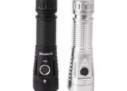 € 26 med kupon til Fireflies E01 SST40W N5 5700K 2300 Lumens EDC LED lommelygte 21700 18650 - Sølv fra BANGGOOD