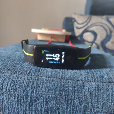 Đánh giá PlayFit 53: Một bộ theo dõi thể dục phong nha
