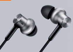 20% OFF for Xiaomi Hybrid Pro Six Drivers Graphene Earphone from BANGGOOD TECHNOLOGY CO., LIMITED