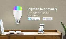 8 avec coupon pour l'application de l'ampoule LED intelligente Wi-Fi LE7 E27 WiFi avec commande vocale de GearBest