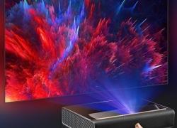 2489 avec coupon pour Xiaomi Ecosystem WEMAX L1668FCF Projecteur laser à projection ultra-courte 4K Home Cinéma de GEARBEST