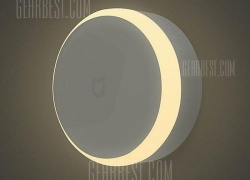 $7 with coupon for Xiaomi MiJIA IR Sensor and Photosensitive Night Light  –  WHITE from GearBest