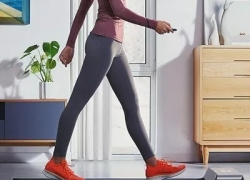 € 384 med kupon til Xiaomi Mijia Smart Folding Walking Pad Non-slip Sports løbebånd Running Walking Machine fra BANGGOOD