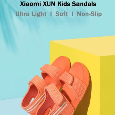 €21 with coupon for Xiaomi XUN Kids Sandals Ultra light Soft Non-slip Durable Outdoor Activities Sports Sandals Slippers from BANGGOOD