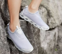 € 25 cu cupon pentru Xiaomi ZENPH Pantofi de vara pentru barbati Uscarea rapida Pantofi de alergare usor de respirat de la BANGGOOD