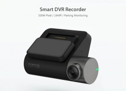 $59 with coupon for Xiaomi70 Mai Intelligent Recorder Pro Intelligent Driving Recorder Reversing Image Electronic Dog from GearBest