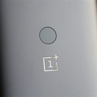OnePlus i Xiaomi pokrenuli prvi 5G telefon u Europi