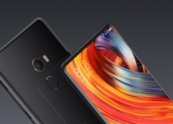Xiaomi Mi MIX 3 Back Panel Spotted In A Photo